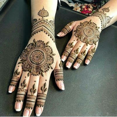 Hindu Tattoos On Hands (9)