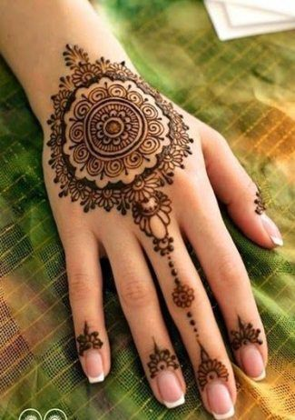 Mehndi Designs Easy And Simple (10)