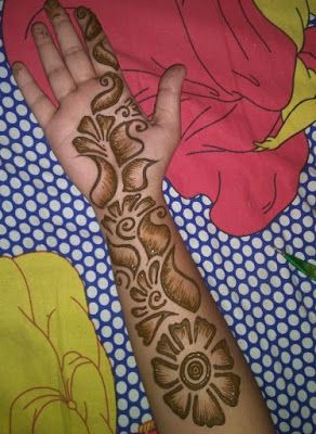 Simple Beautiful Mehndi Designs (9)