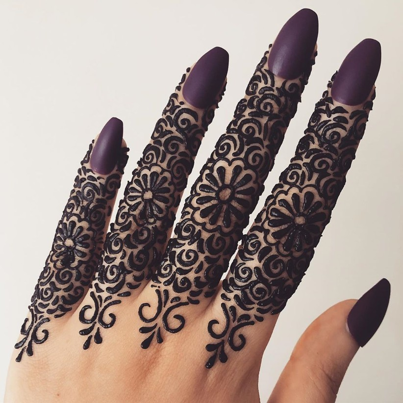 Simple Mehendi Design Images (1)