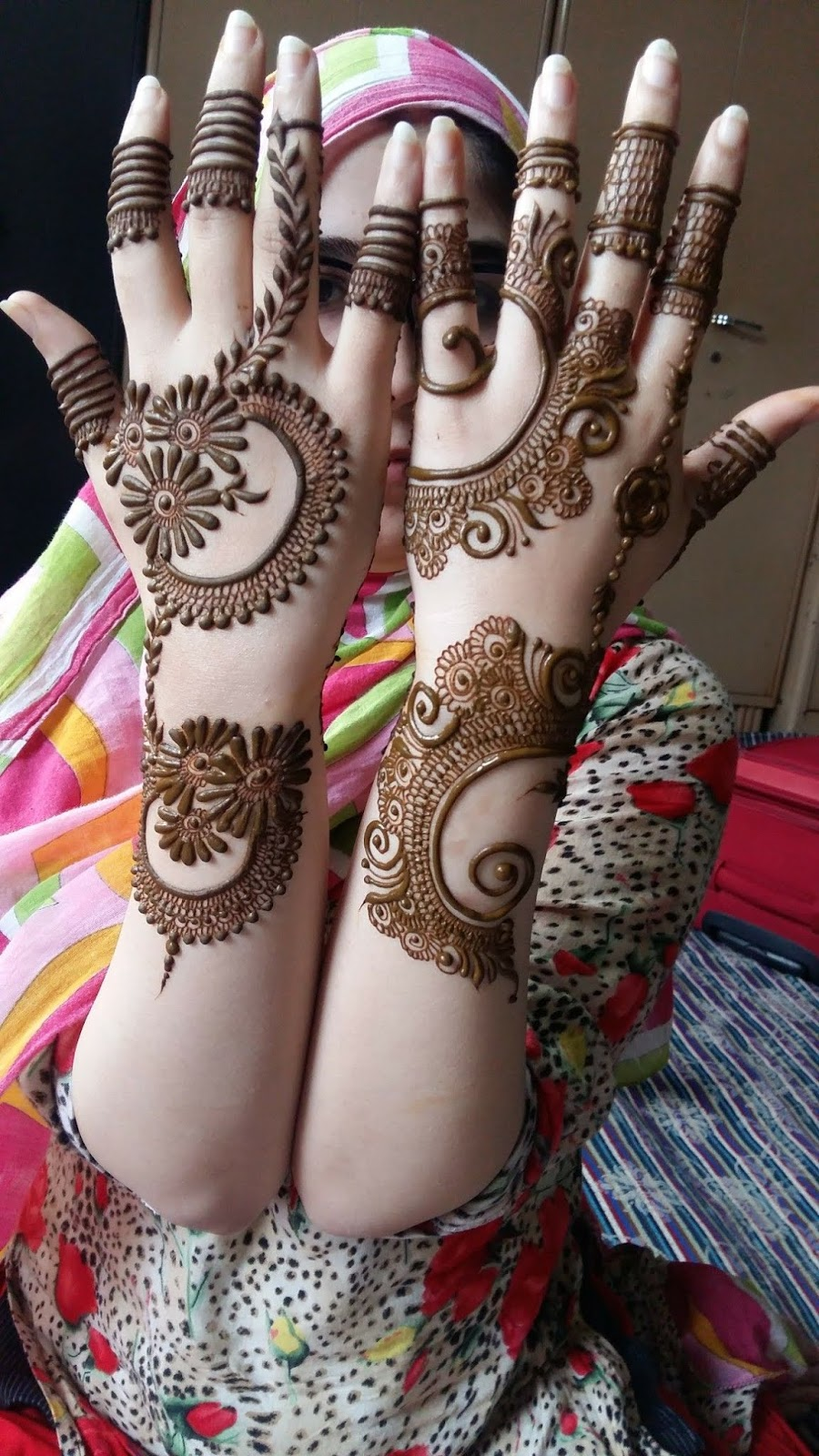 Simple Mehndi Design Book (3)