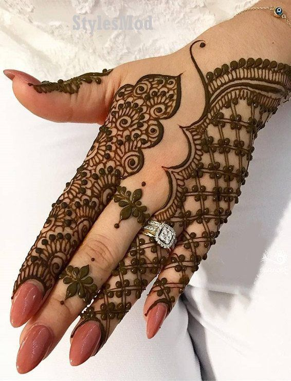 Simple Mehndi Design For Beginners (1)