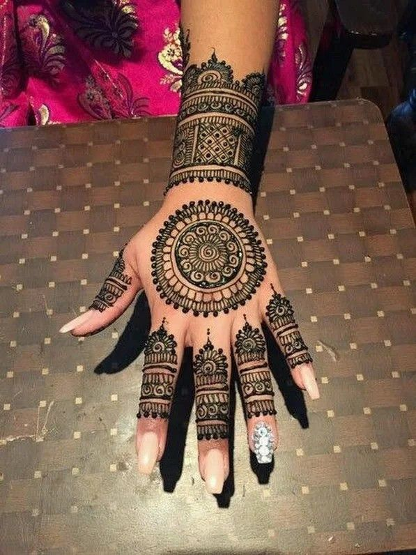 Simple Mehndi Design For Beginners (9)