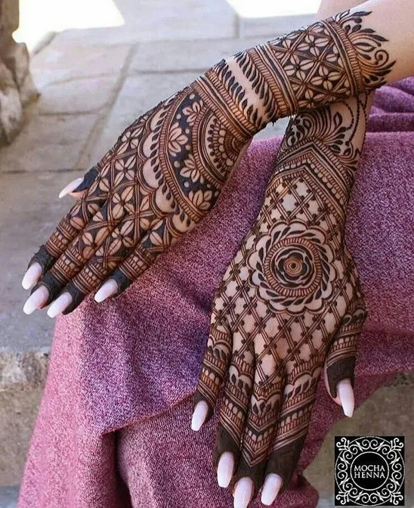 Simple Mehndi Designs For Front Hands (11)