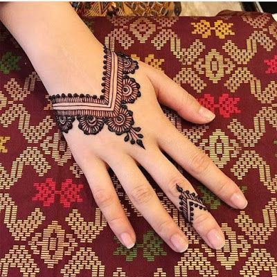Simple Mehndi Designs For Front Hands (3)