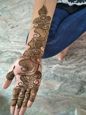 Simple Mehndi Designs For Front Hands (4)