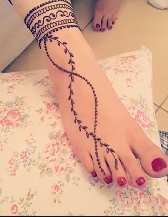 Simple Mehndi Designs For Hands (5)