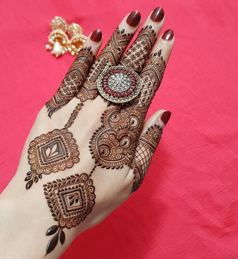 Traditional Henna Designs (1)