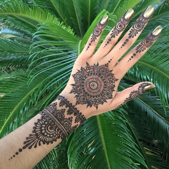 Traditional Henna Designs (3)