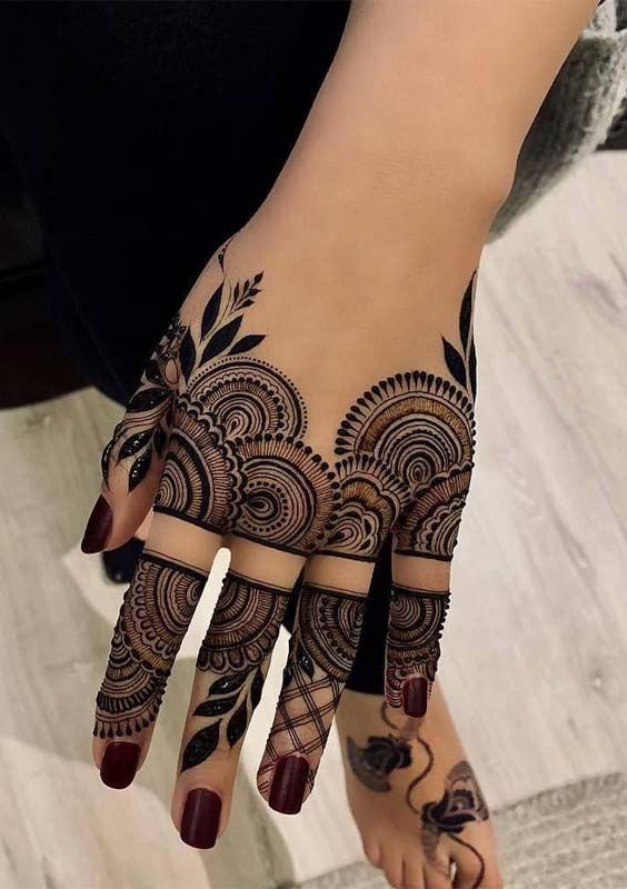 Traditional Henna Designs (4)