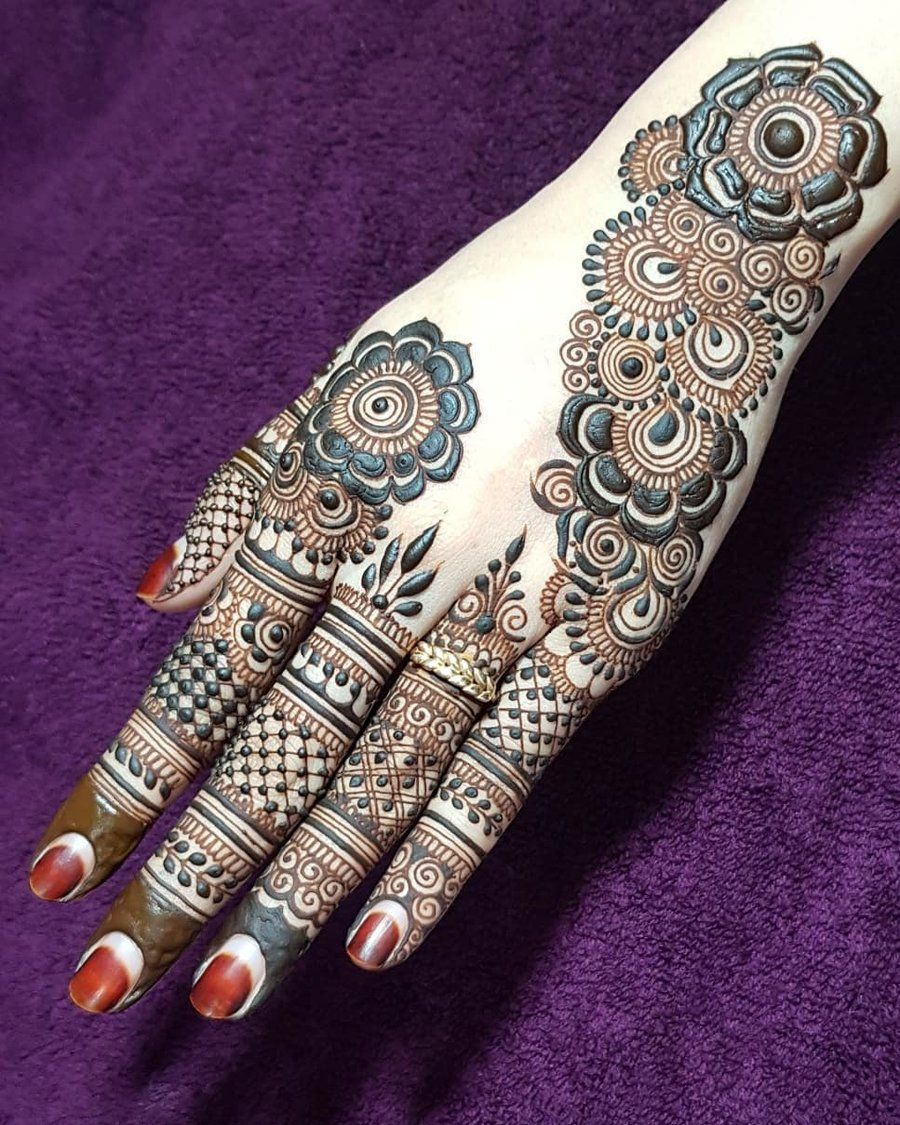 Traditional Henna Designs (5)