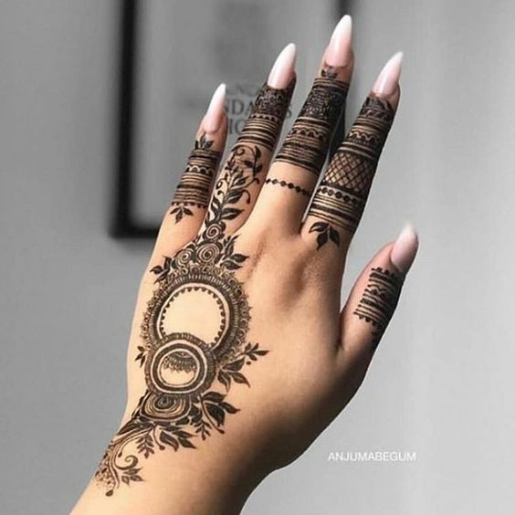 Traditional Henna Designs (7)