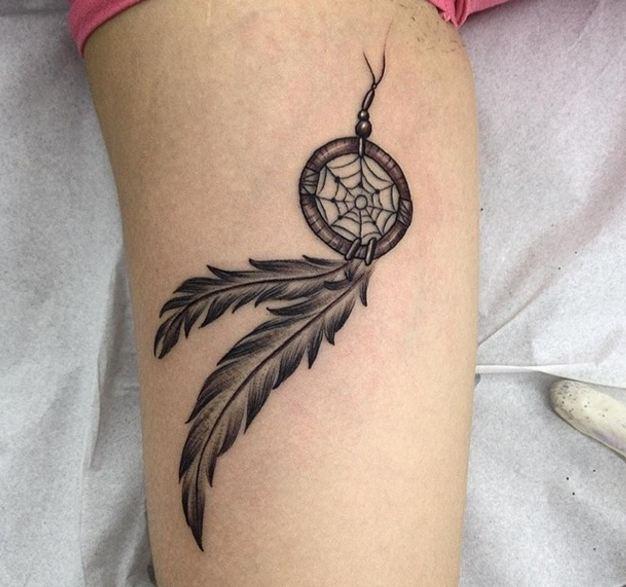 Wonderful Dreamcatcher Tattoos On Leg