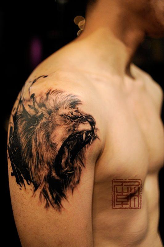 Back And Shoulder Tattoos (5)
