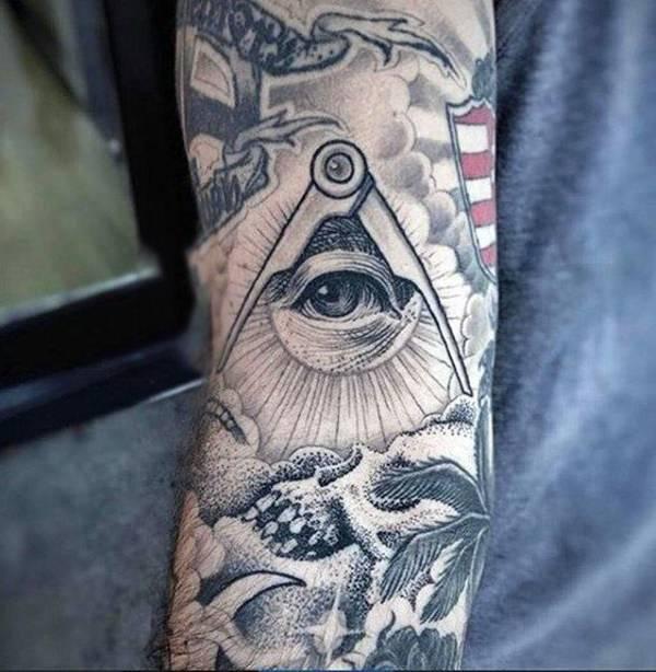 Eye Tattoos 120517119