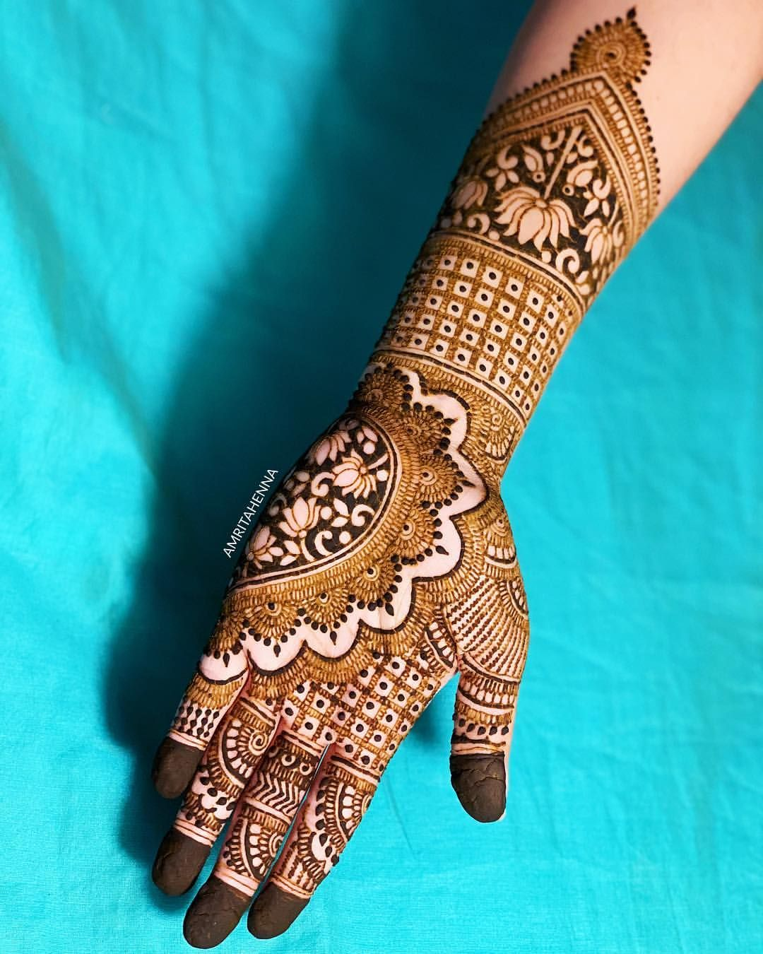 Marwari Mehndi Design Images (31)