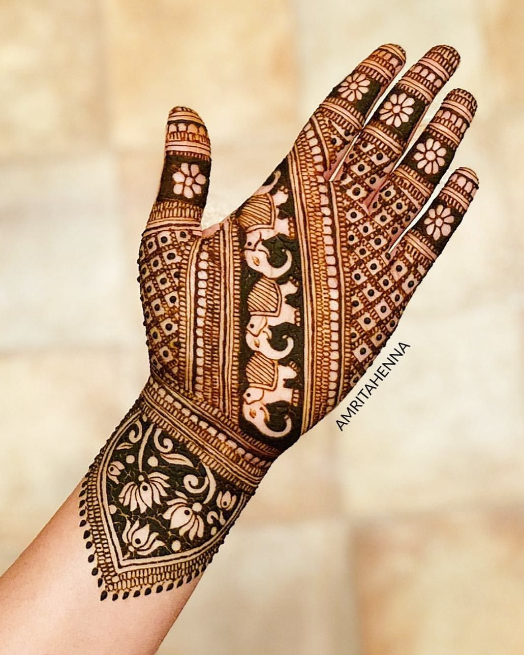 Marwari Mehndi Design Images (72)