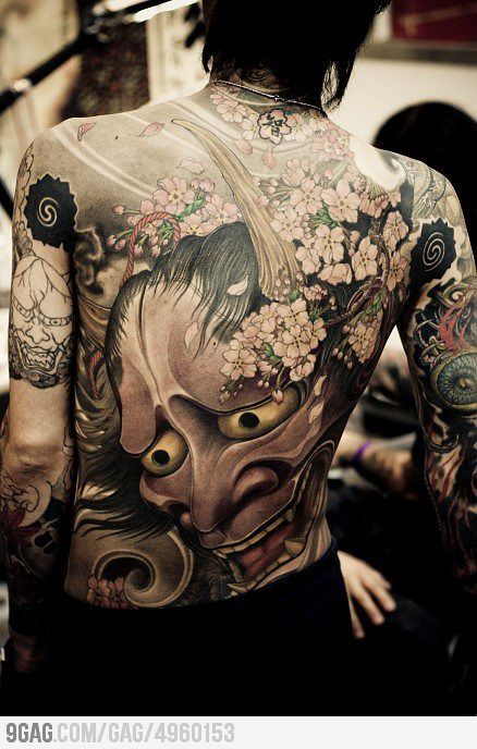 Japanese Gang Yakuza Full Body Tattoo Meanings (29)