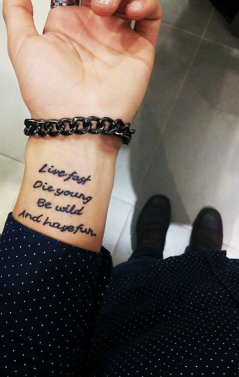 Tattoos Schriftzüge Mit Bedeutung (123)