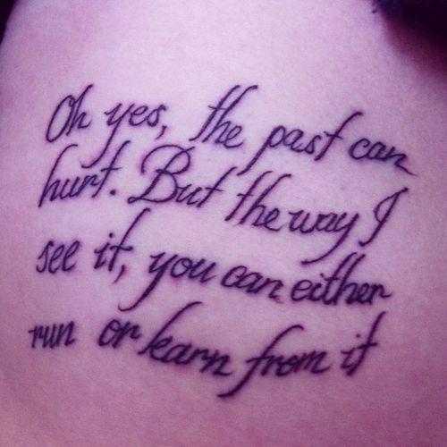 Tattoos Schriftzüge Mit Bedeutung (138)