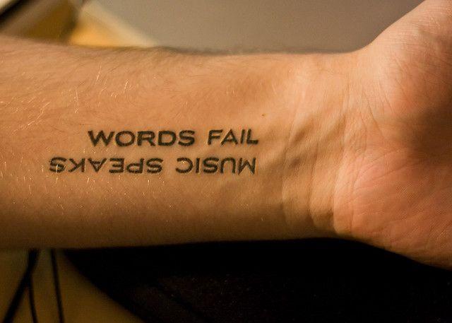 Tattoos Schriftzüge Mit Bedeutung (196)