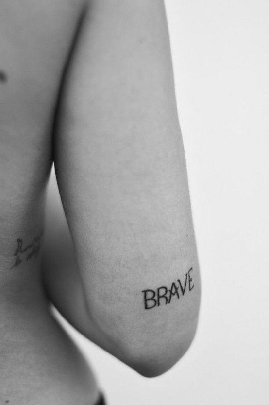 Tattoos Schriftzüge Mit Bedeutung (223)
