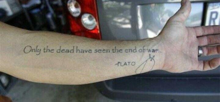 Tattoos Schriftzüge Mit Bedeutung (244)