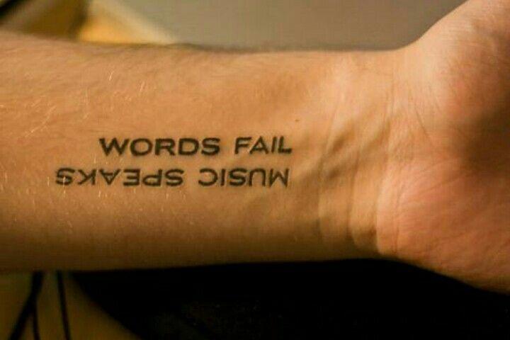 Tattoos Schriftzüge Mit Bedeutung (25)