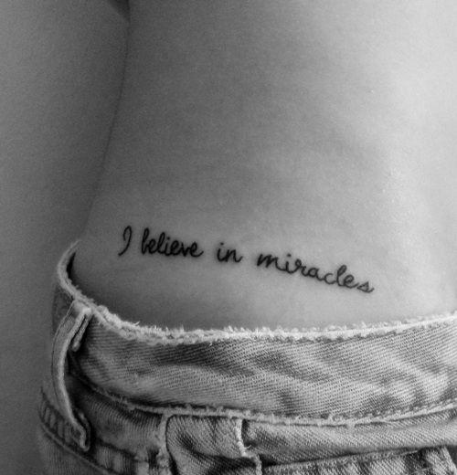 Tattoos Schriftzüge Mit Bedeutung (272)
