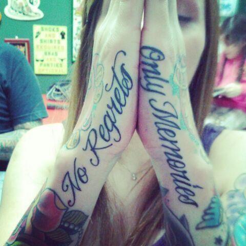 Tattoos Schriftzüge Mit Bedeutung (318)