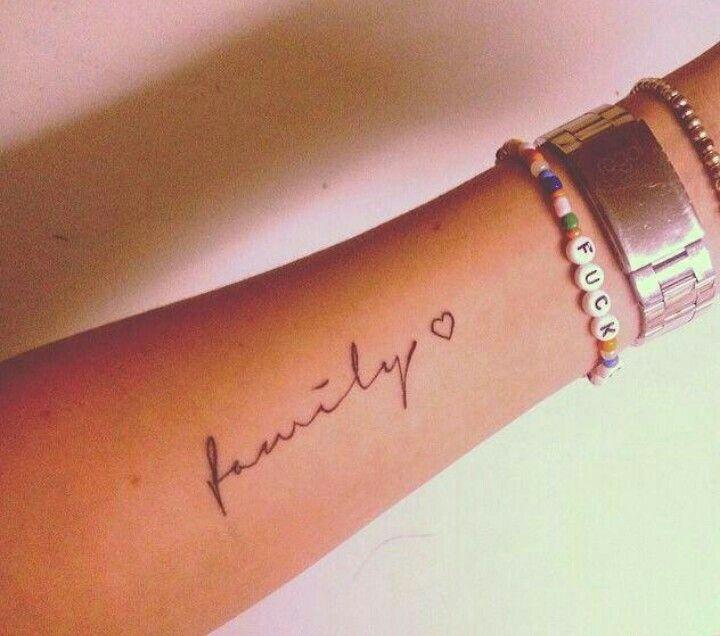 Tattoos Schriftzüge Mit Bedeutung (321)
