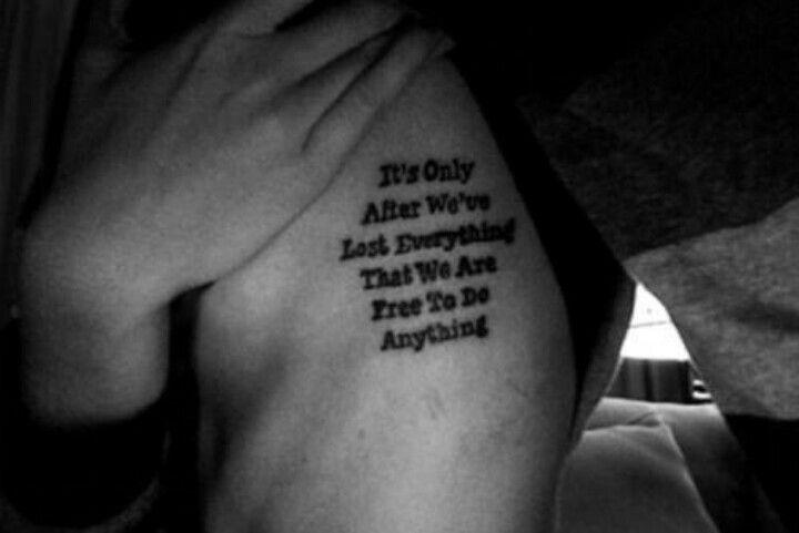 Tattoos Schriftzüge Mit Bedeutung (325)