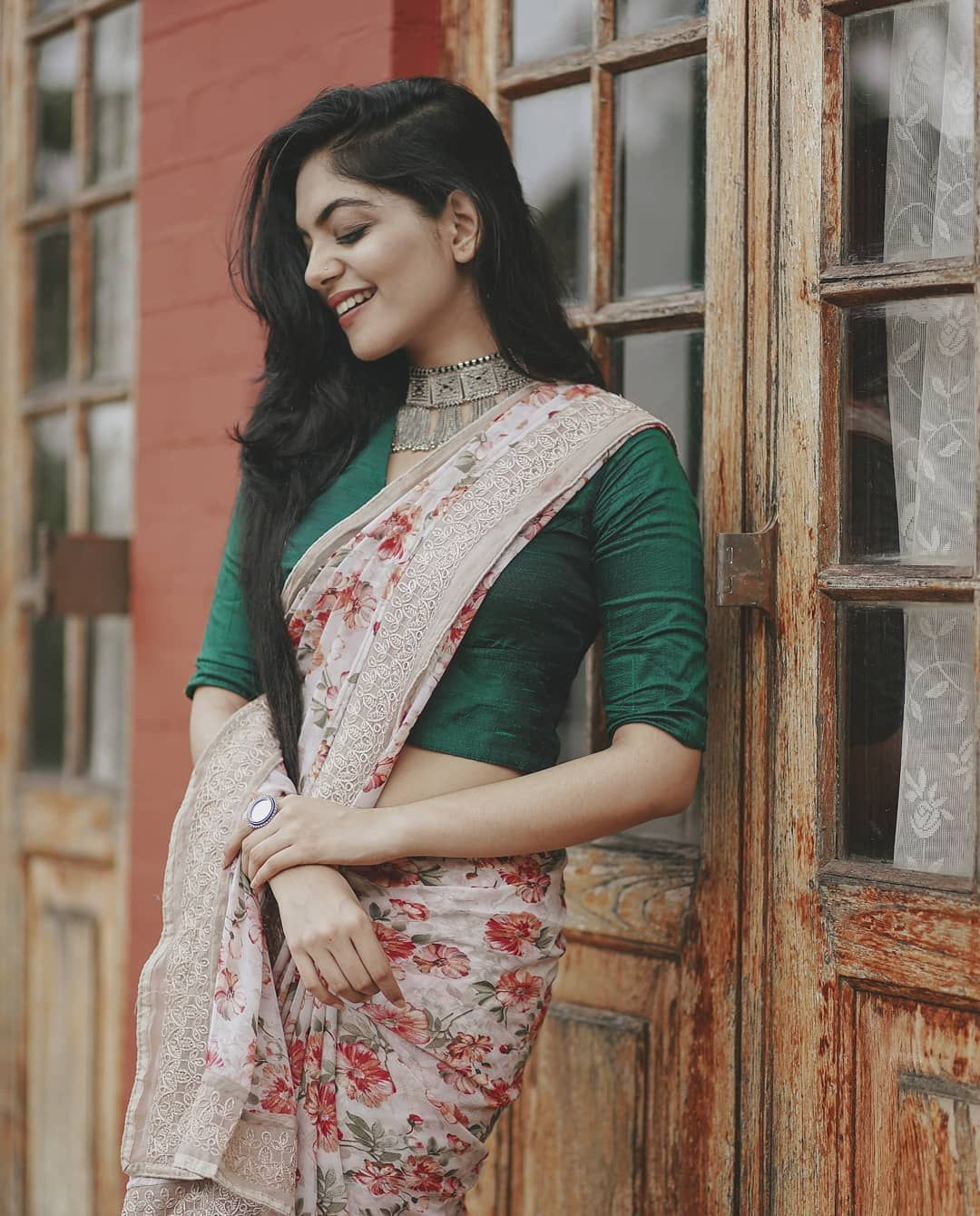 Different Saree Wearing Style (11)