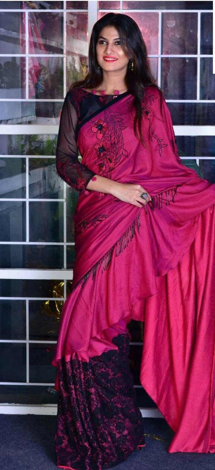 Different Saree Wearing Style (112)