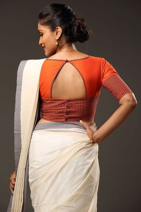 Different Saree Wearing Style (113)
