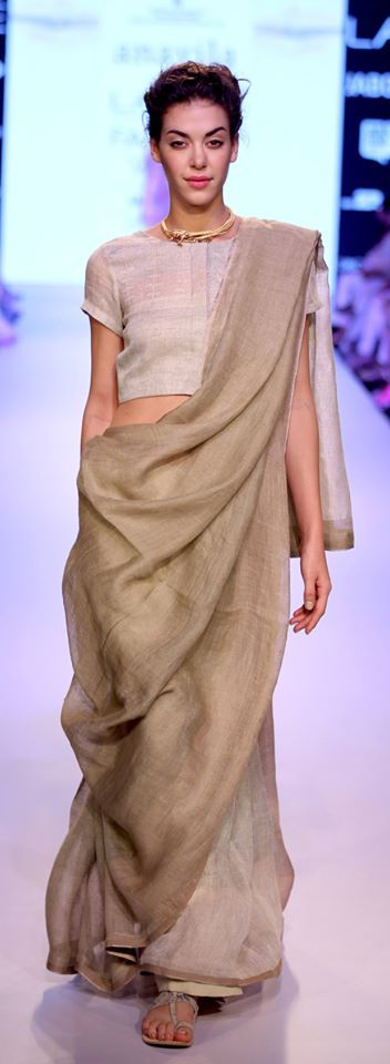 Different Saree Wearing Style (12)