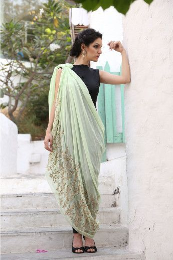 Different Saree Wearing Style (138)