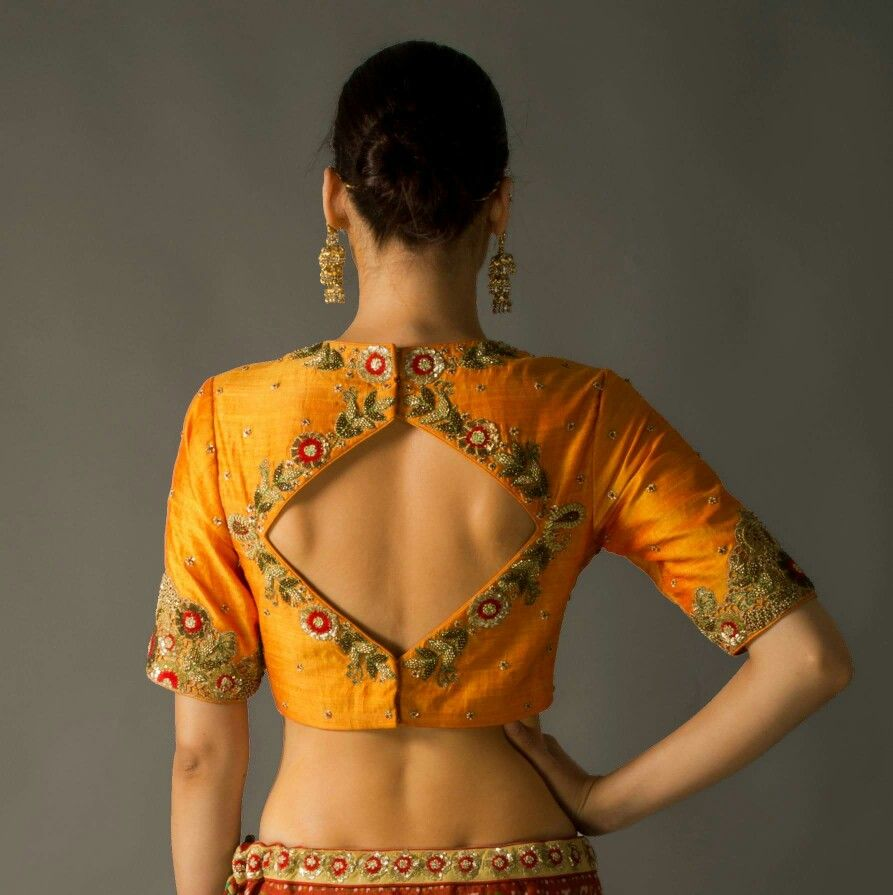 Different Saree Wearing Style (144)