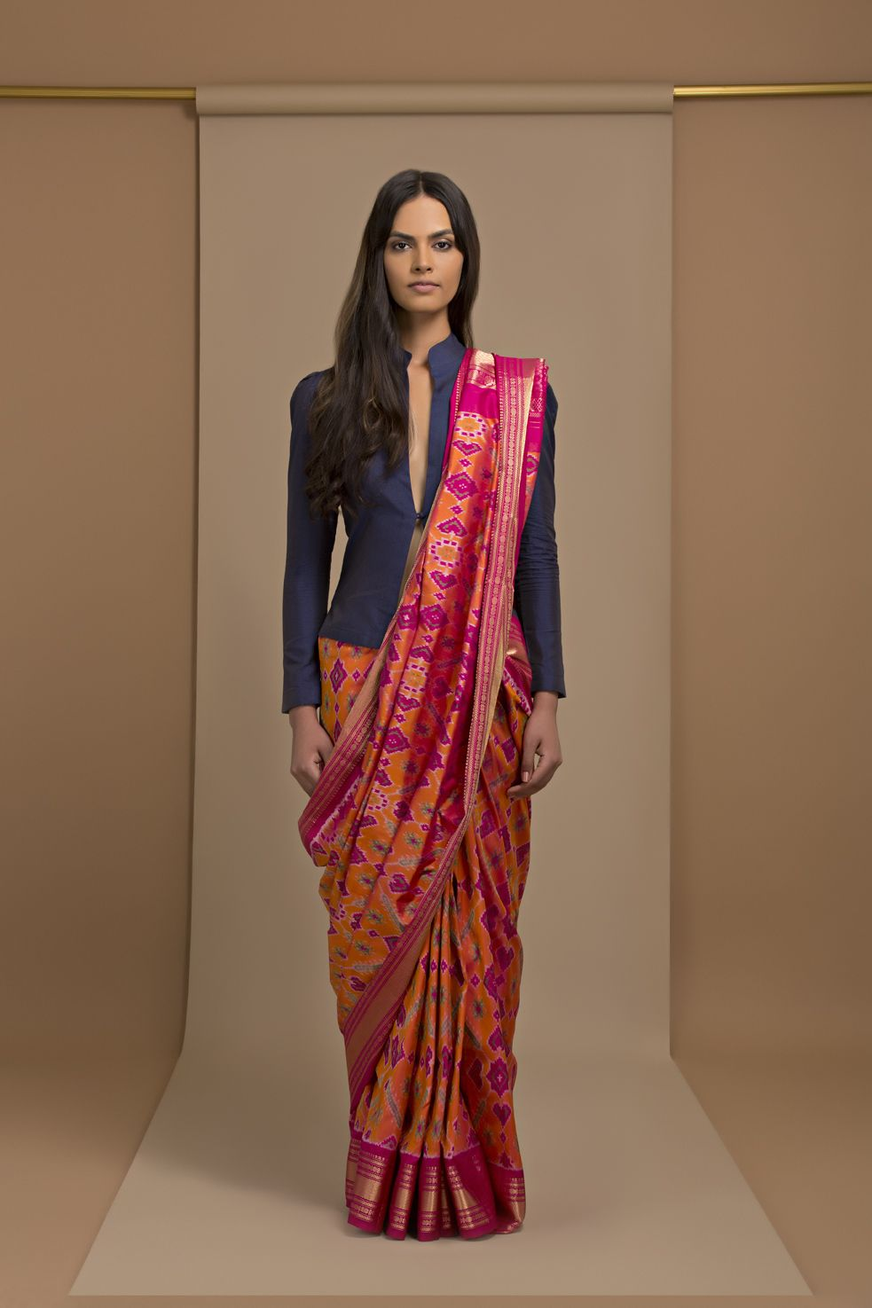 Different Saree Wearing Style (163)