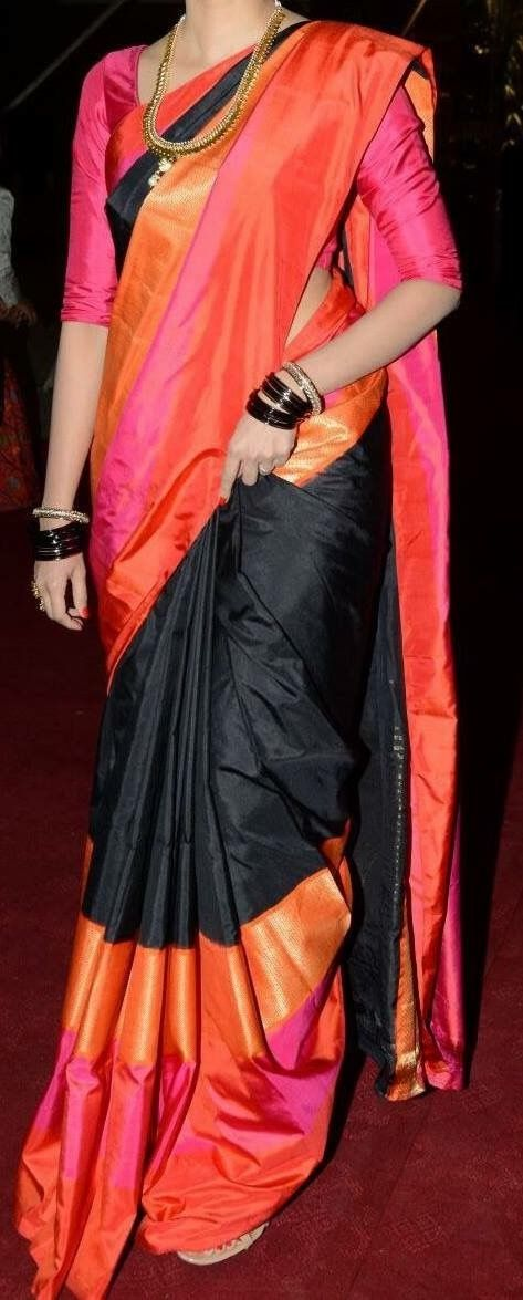 Different Saree Wearing Style (179)