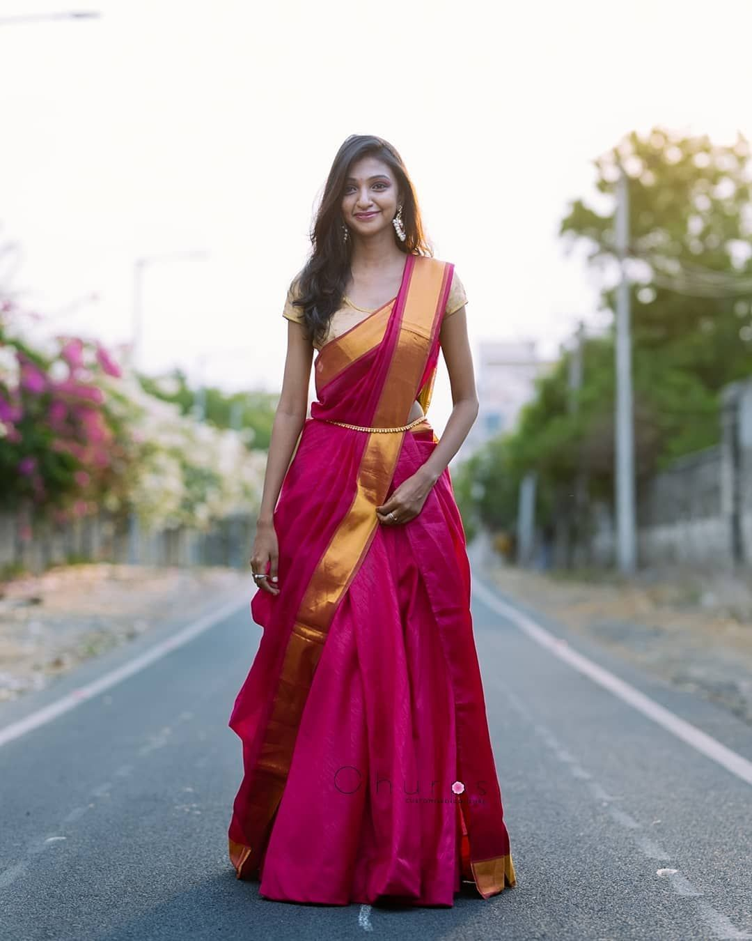 Different Saree Wearing Style (213)