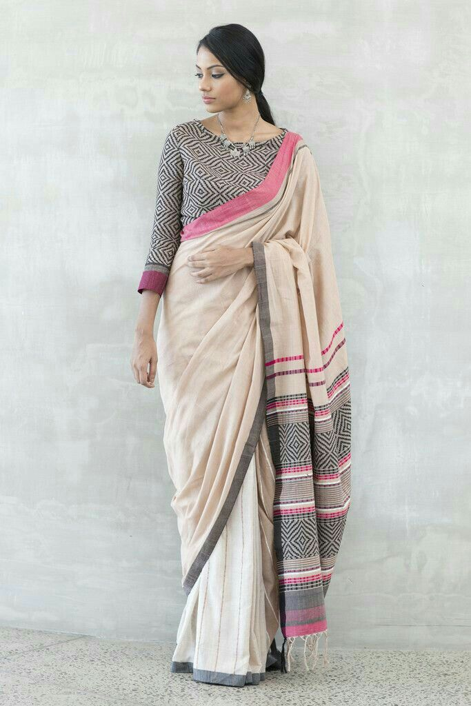Different Saree Wearing Style (214)