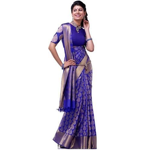 Different Saree Wearing Style (217)
