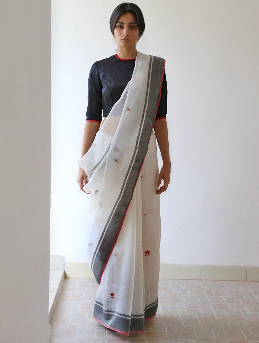 Different Saree Wearing Style (220)