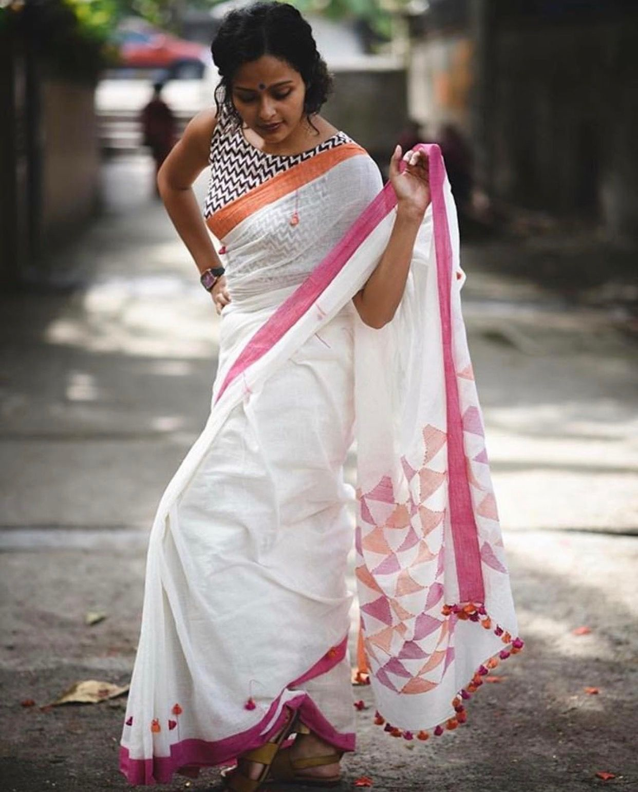 Different Saree Wearing Style (223)