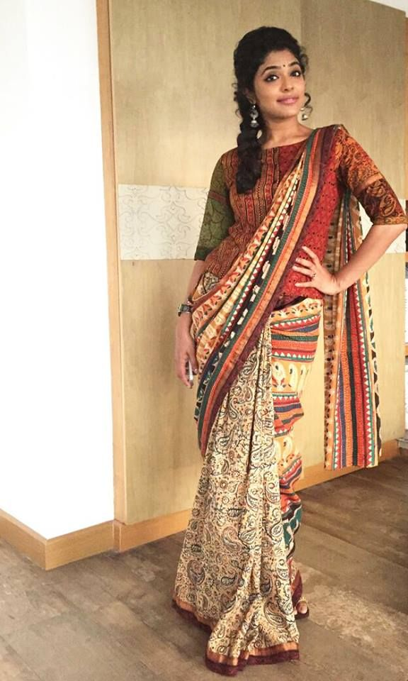 Different Saree Wearing Style (236)