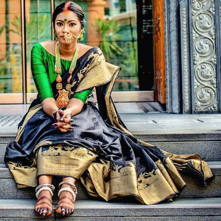 Different Saree Wearing Style (258)