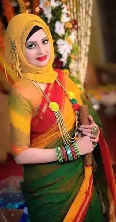 Different Saree Wearing Style (265)