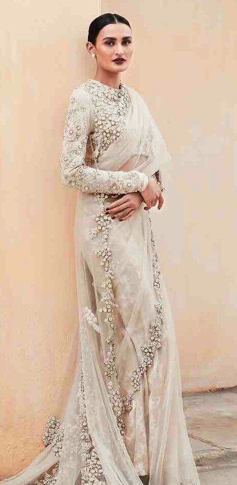 Different Saree Wearing Style (268)