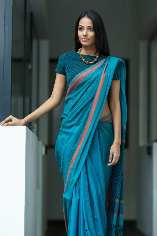 Different Saree Wearing Style (289)